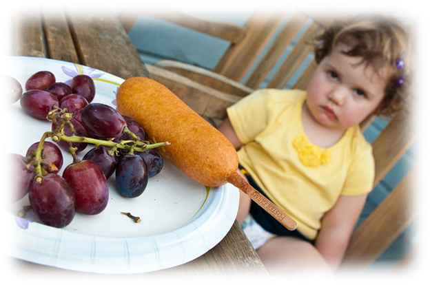 Children can often be fussy or refuse their food. Here are 9 tips to get them eating